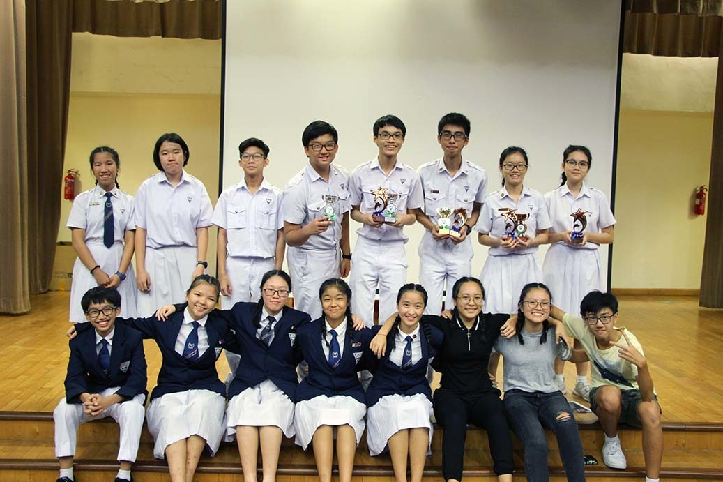 Team Nan Hua and student helpers.JPG